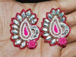 5 Magenta Paisley Handcrafted Appliques
