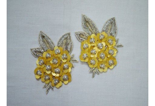 1 Pair Christmas Sewing Indian Dresses Appliques Handmade Crafting Supply Green Beaded Patches