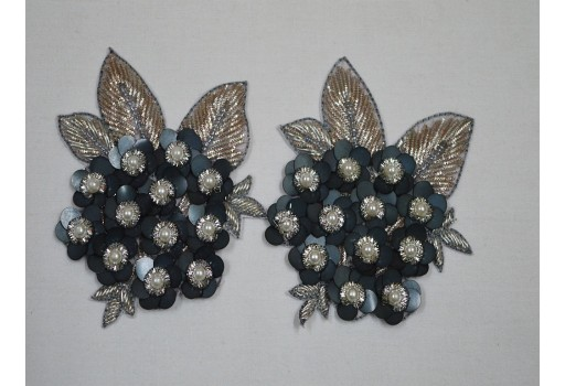1 Pair Grey Embroidered Applique Flower Shaped Patches For Wedding