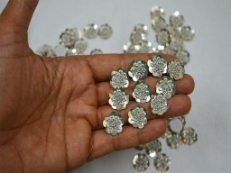50 Pieces Tiny Silver Flower shaped Embroidery Appliques Indian Designer Sequins Work Appliques Rhinestone Golden Patches Beaded Bridal Dresses Appliques Clothing Accessories