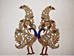 1 Pair Exclusive Peacock Handmade Patches Decorative Dresses Golden handcrafted Christmas Appliques for garments Sewing Crafting Supply Decor Patches wholesale wedding dress applique