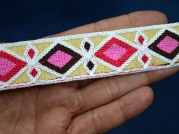 1 Inch wide Wholesale Indian Embroidery Laces Saree Border Embroidered Trim Fabric trims and embellishments Decorative Borders By 9 Yard Trimming