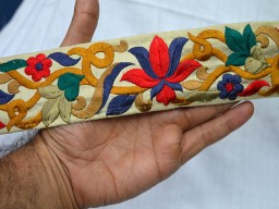 2.2 inch wide Wholesale Craft Ribbon Embroidered Trims Indian Laces By 9 Yard Fabric Trim Silk Indian Sari Border Decorative Sewing Fabric Designer Border