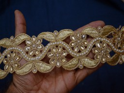 2.5 inch wide Wholesale Indian Laces Dull Gold Trim by 9 Yard Saree Border and Beaded Trims Dull Gold Kundan Lace Stone Work Border Glass Bead Work Embellishment