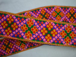 Decorative Embroidered Trim Indian Laces fabric trims