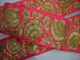 Fuchsia Gold finish Gota Wide Trim