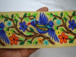 Wholesale Blue Bird And  Forest Green Coral Cross-Stitch Embroidery Designer Trim By  9 Yard Table Decoration Crazy Quilting Boutique Material Fashion Tape Lace 3 Inch Wide Beautiful Ribbon For Wedding Wears