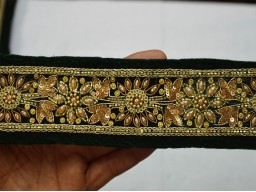 Bottle green colour velvet fabric trim by the yard gold embroidered costume sewing fashion tape ribbon festive wears beautiful lace for dress making ribbon