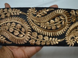 4 Inch wide Wholesale Black Trim Embroidered Saree Trim Gold Thread Work Silk Sari Border Trim By 9 Yard Art Quilt Fabric Trim Crafting Sewing Costume Black And Gold Embroidered designer Fabric Trims
