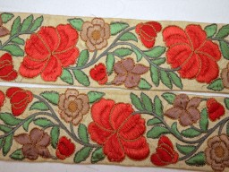 Wholesale red embroidery decorative sari indian clothing accessories fabric trim 9 yard floral new unique design ribbon embellishment trimming sewing clothing accessories border