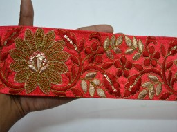 Wholesale Indian red embroidered saree border fabric trim by 9 yard sari ribbon wedding crafting sewing trimmings curtains cushions covers laces embroidery ribbon for scarves fashion blogger tape