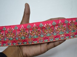 Beautiful christmas trimmings handmade traditional border magenta embroidered decorative indian sari border crafting trim by the yard saree trimming sewing tape costume fashion trim dresses ribbon