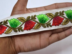 Embroidered crafting sewing accessories trimmings red and green floral design ribbon handcrafted indain saree border decorative purse making home decor christmas supplies trim by 2 yard wedding wear fancy costume lace