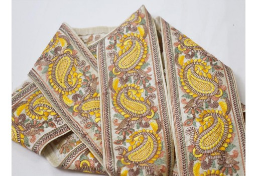 Wholesale curtain decor Christmas supplies trim by 9 yard garments accessories yellow sewing crafting lace wedding wear dress design embroidery thread ribbon decorative embellishment indian sari border