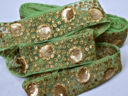Boutique material fancy dress apple green embroidery fabric trim embellishment indian laces by yard embroidery floral sari border decorative sewing crafting handmade ribbon festival wear laces clothing accessories