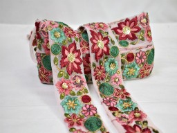 Beautiful stunning laces decorative floral embellishment indian trimmings by the yard embroidered saree ribbon sewing dupatta making crafting border embroidery trim home décor christmas supplies sewing accessories fashion tape