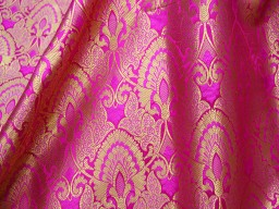 Banarasi blended silk brocade floral design golden fuchsia fabric wholesale indian brocade sold by the yard home decoration material tunics fabric party wear lehenga dress brocade skirt mats making fabric outdoor brocade