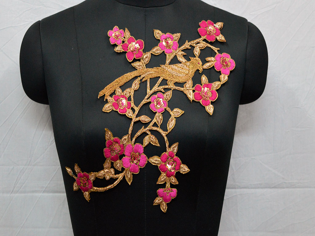 Embroidered floral design appliques chirstmas supplies exclusive thread work decorative handcrafted scrap booking patches for designing stylish jewellery making