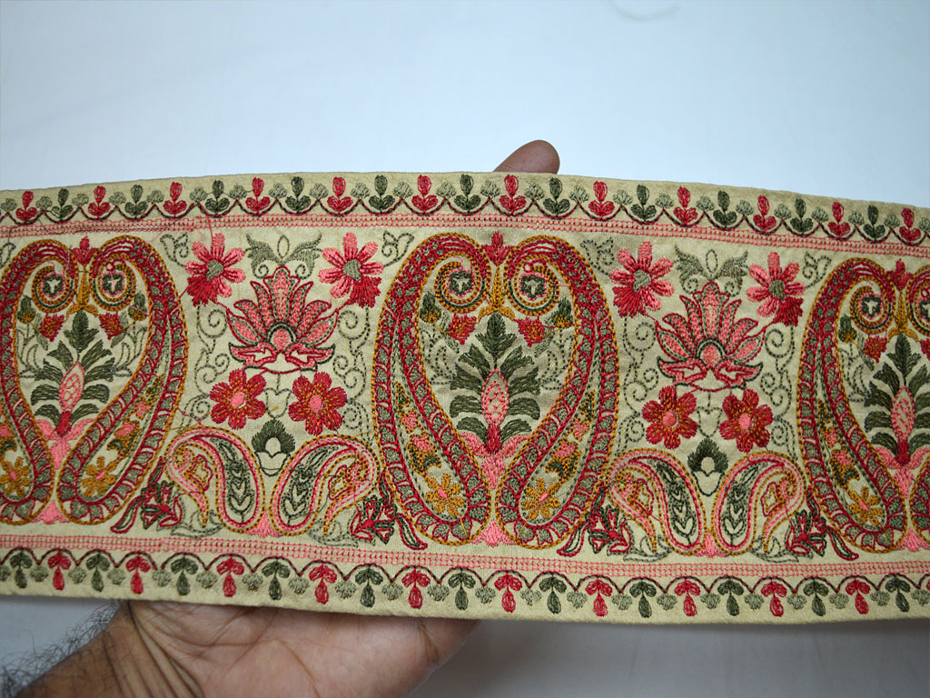 9 yard Wholesale costume border decorative sewing decor laces beige Kashmiri design table runner fabric crafting embellishment dresses paisley embroidered trim garment accessories